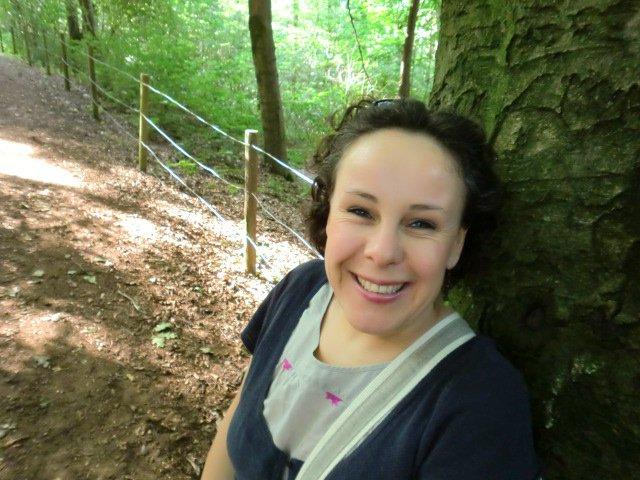 Caroline Schabaver, artisan brodeur et correspondante pour crealOuest