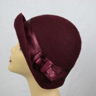 Tour de Mode Chapeau cloche bordeau